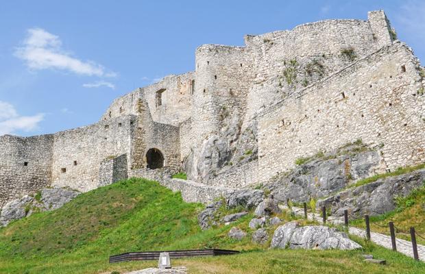 הטירות של סלובקיה ודרום פולין