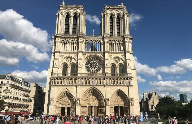 5 אתרי חובה בפריז עם הילדים