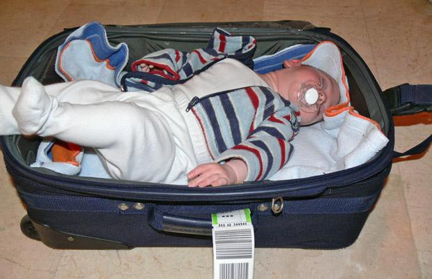 """טיפים לאריזה לטיול משפחתי בחו""""ל"""